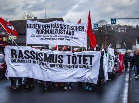 """500 Menschen auf """"Rassismus tötet!"""" – Demonstration gegen rechteGewalt"""